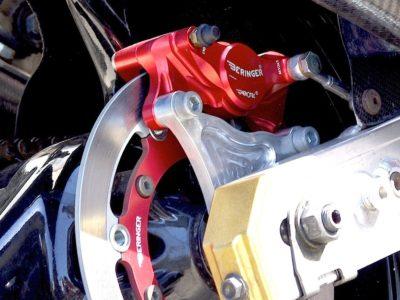 Choisissez le spécialiste des systèmes de freinage Beringer pour la sécurité de vos véhicules.