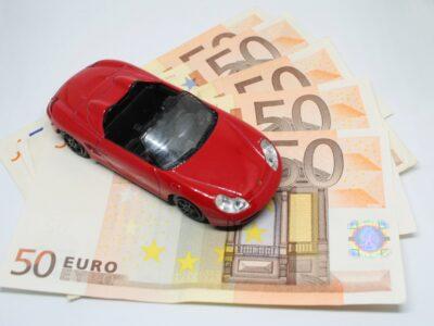Comment bien choisir son assurance auto pour jeune conducteur pour son premier véhicule?